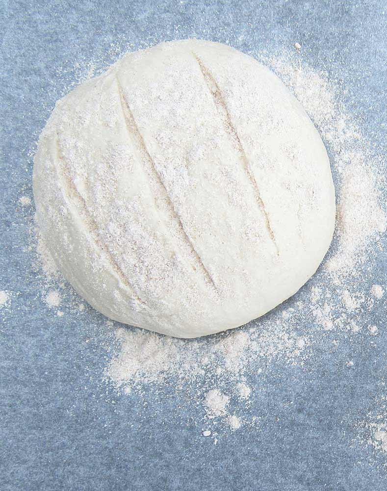 pane-di-farina-1-con-farina